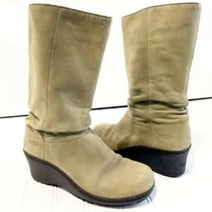 KEEN  Sage Green Akita Mid Boots Wedge Slouchy Fit